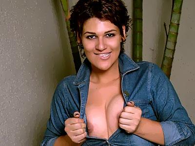 Sexy Shemale Striptease